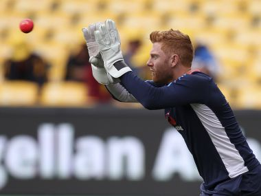 Ashes 2017: 'Emotional' Jonny Bairstow receives late father's wicketkeeping gloves from an Australian fan