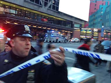 New York: Four injured in 'attempted terror attack' in Manhattan; Islamic State-inspired suspect in custody, say police