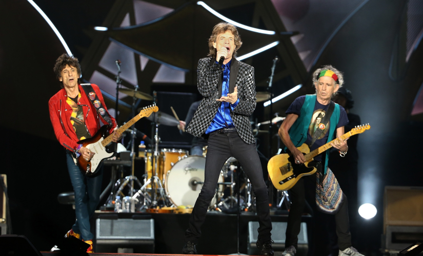 The Rolling Stones perform live at a concert/Image from Twitter@stonestimeline ‏