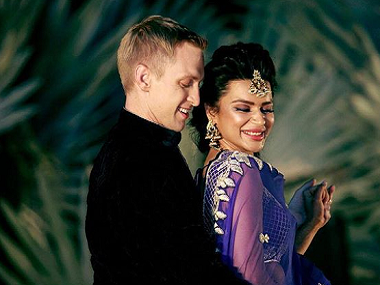 TV actress Aashka Goradia gets married to longtime boyfriend Brent Goble; see pictures