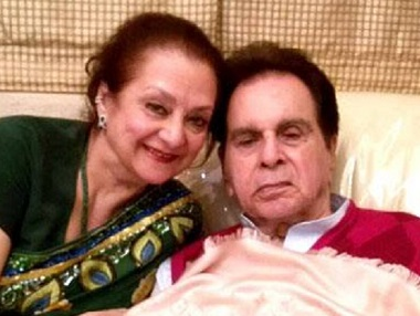 Saira Banu talks about married life with Dilip Kumar; shares his birthday ritual