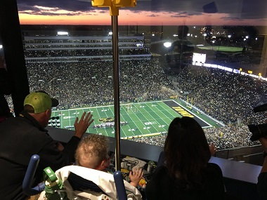 Laureus World Sports Awards, Best Sporting Moment December nominees: Iowa's wave for kids