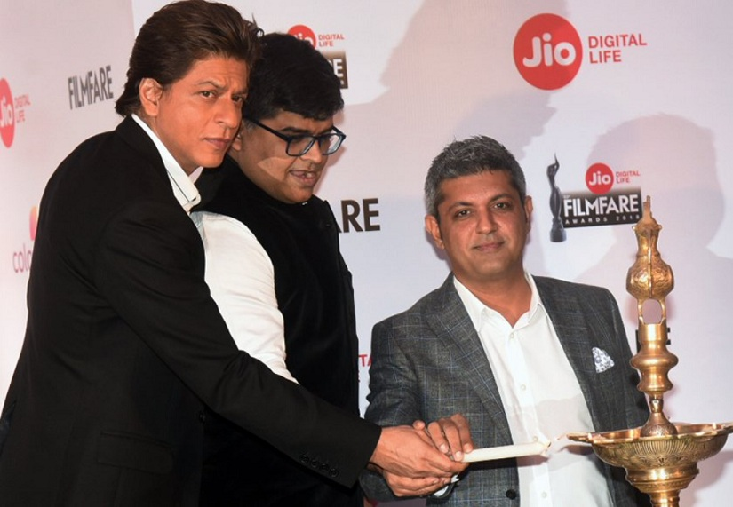 Shah Rukh Khan attends Jio Filmfare Awards press conference show to be held on 20 January