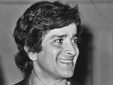 Shashi Kapoor passes away: Filmmakers Aparna Sen, Goutam Ghosh mourn his death, recall fond memories