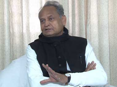 Ashok Gehlot claims Delhis pollution is heading towards Rajasthan urges Centre to consider issue as top priority