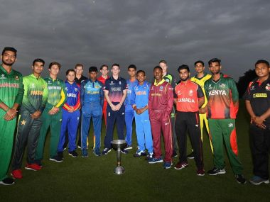 All 16 captains of the 16 countries that will take part in ICC U-19 World Cup 2018 pose with the trophy in the centre. Image courtesy: Twitter @ICC