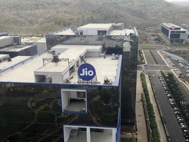 Reliance Jio turns corner posts net profit of Rs 504 crore in Q3 had recorded Rs 271 cr loss in  Q2