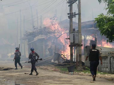 Myanmar police kill seven injure twelve Buddhist protesters in Rakhine after opening fire on riot