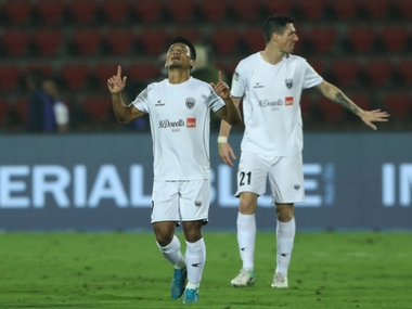 ISL 201718 NorthEast United FC beat FC Goa to end losing streak and notch first win at home