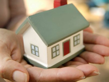 Planning to invest in a house You can get these three benefits by taking home loan in a womans name