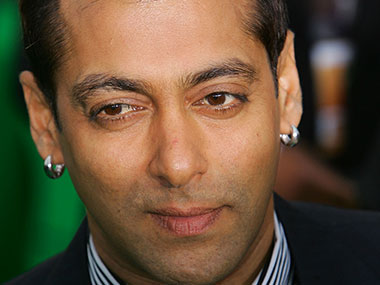 After Amitabh Bachchan Emami ropes in Salman Khan as brand ambassador for edible oil business