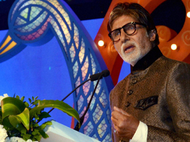 Amitabh Bachchan starts following Congress official Twitter handle triggers political speculation on social media