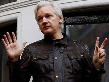 US decision to seek Julian Assanges extradition marks dramatic shift in approach to case against WikiLeaks founder
