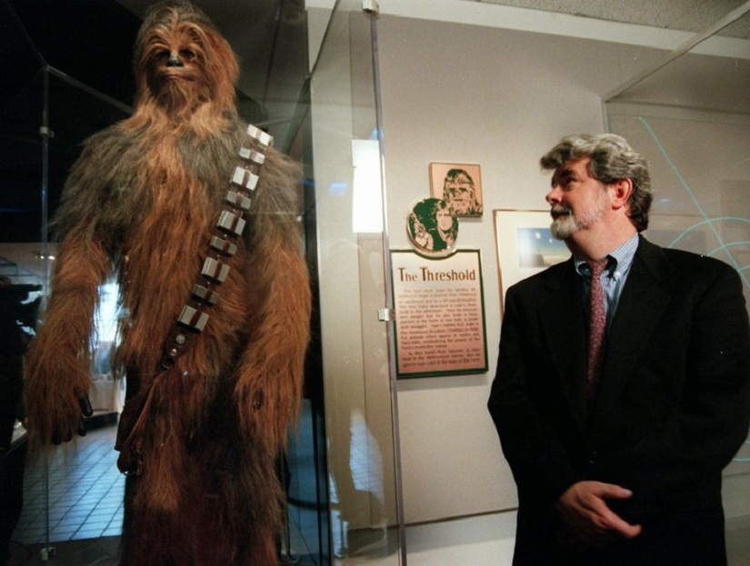 Lucas Museum of Narrative Art to inaugurate in 2021 Luke Skywalkers first lightsaber Darth Vaders helmet to be put on display