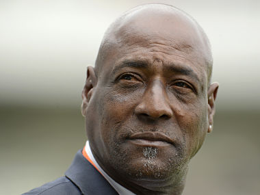 Former West Indian cricketer Viv Richards looks on from the sidelines during the third cricket test match between England and West Indies at Edgbaston cricket ground in Birmingham June 9, 2012. REUTERS/Philip Brown (BRITAIN - Tags: SPORT CRICKET HEADSHOT) - GM2E8691P6301