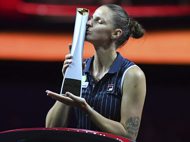 Stuttgart Open Karolina Pliskova beats CoCo Vandeweghe in straight sets to clinch title