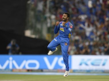 Rajasthan Royals' Shreyas Gopal celebrates after dismissing Royal Challengers Bangalore cricketer Moeen Ali during the 2018 Indian Premier League (IPL) Twenty20 cricket match between Rajasthan Royals and Royal Challengers Bangalore at the Sawai Mansingh Stadium in Jaipur on May 19, 2018. / AFP PHOTO / CHANDAN KHANNA / ----IMAGE RESTRICTED TO EDITORIAL USE - STRICTLY NO COMMERCIAL USE----- / GETTYOUT