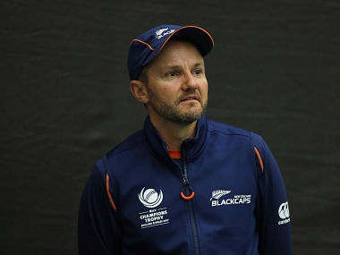 Britain Cricket - New Zealand Nets - Sophia Gardens - June 8, 2017 New Zealand coach Mike Hesson during nets Action Images via Reuters / Andrew Couldridge Livepic EDITORIAL USE ONLY. - 14803531
