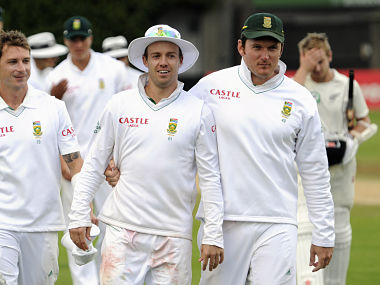 File image of South Africa's AB de Villiers and Graeme Smith. Reuters