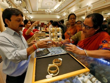 Wedding season positive global cues push gold prices by Rs 90 to Rs 33300 per 10 gm silver recovers too