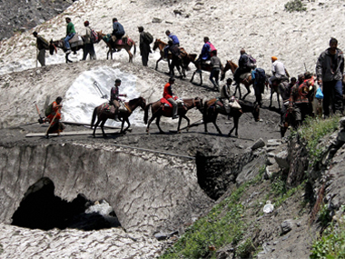 Amarnath yatra Amid tight security 14th batch of 5210 pilgrims leaves Jammu base camp on Monday to visit cave shrine