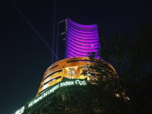 Sensex gains 157 points to close at 35807 on FO expiry positive global cues Nifty up 50 points