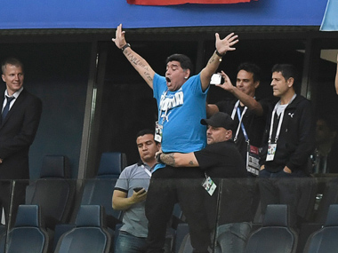 FIFA World Cup 2018 Diego Maradona offers 10000 award to find source of Whatsapp messages claiming he died