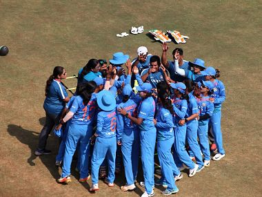 India beat Sri Lanka by seven wickets and seven balls to spare. Image Courtesy: Twitter @BCCIWomen