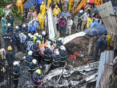 Ghatkopar crash Devendra Fadnavis says FIR will be lodged against plane owners if they forced pilot into test flight