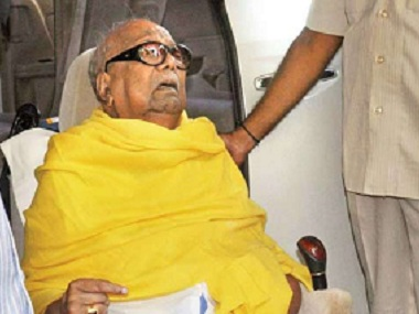 Rahul Gandhi visits Karunanidhi in hospital DMK chief continues to be under intensive care