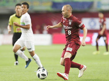 Andres Iniesta makes JLeague debut for Vissel Kobe off the bench unable to prevent loss against Shonan Bellmare
