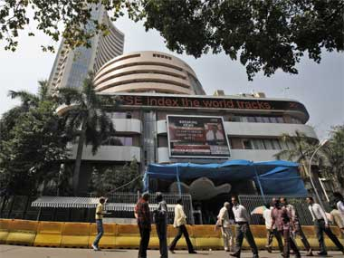Sensex Nifty turn choppy amid weak global cues fresh selling by FIIs SBI Vedanta ICICI Bank stocks slip