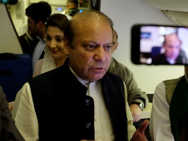 Medical board recommends shifting ailing Nawaz Sharif to hospital but PMLN supremo demands medical facilities in jail