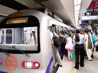 Woman dragged across platform of Delhi Metro station after her saree gets stuck in a carriage door suffers head injuries