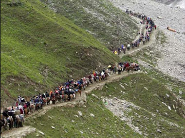Amarnath Yatra suspended from Jammu for three days due to security reasons pilgrimages from Baltal and Pahalgam to continue