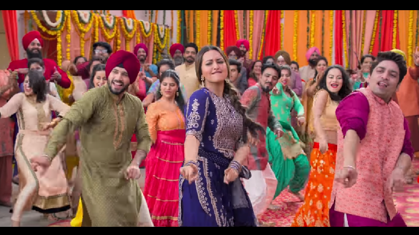 Happy Phirr Bhaag Jayegi song Swag Saha Nahi Jaye shows Sonakshi Sinha grooving to Bhangra beats