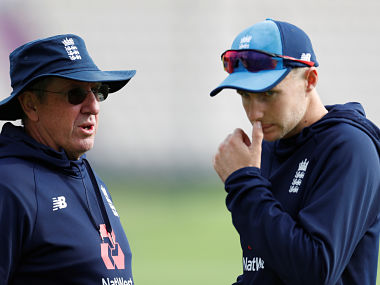 Cricket - England Nets - Ageas Bowl, West End, Britain - August 29, 2018 England head coach Trevor Bayliss with Joe Root during nets Action Images via Reuters/Paul Childs - RC17F9760670