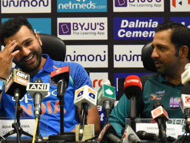 India captain Rohit Sharma and Pakistan skipper Sarfraz Ahmed during the Asia Cup press conference. AFP