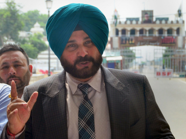 Navjot Singh Sidhu says Imran Khan sent message of peace asserts IndiaPakistan ties will improve after his visit
