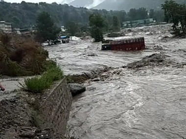 Himachal Pradesh Two dead as heavy rains trigger flash floods officials issue high alert for Kullu district