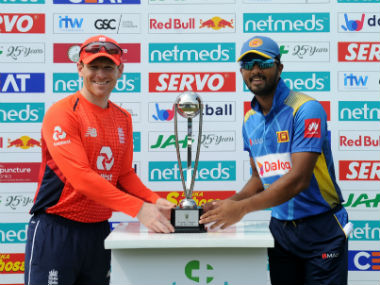 Eoin Morgan and Dinesh Chandimal, captain of England and Sri Lanka respectively. AFP