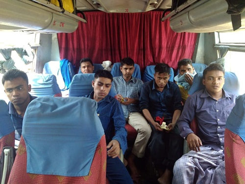 7 Rohingya Muslims deported to Myanmar from Manipurs Moreh illegal immigrant says happy to leave India