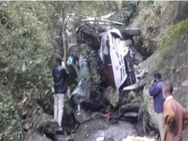 21 injured after bus falls into gorge near SolanShimla border in Himachal Pradesh police blame driver for accident