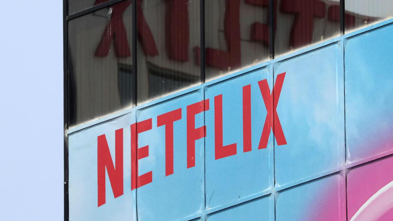 Netflix forecasts weaker subscriber growth