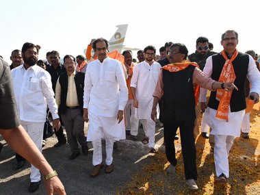 Uddhav Thackeray urges Centre to frame ordinance on Ram Temple after visiting makeshift shrine in Ayodhya