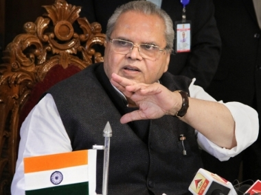 Congress criticises Satya Pal Malik over being disallowed from entering Srinagar say heavens wouldnt have fallen if they had met detained exCMs