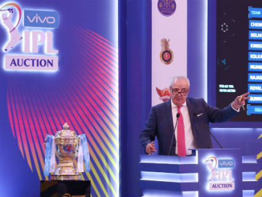 Auctioneer Hugh Edmeades conducts the IPL 2019 player auction at Jaipur. Sportzpics
