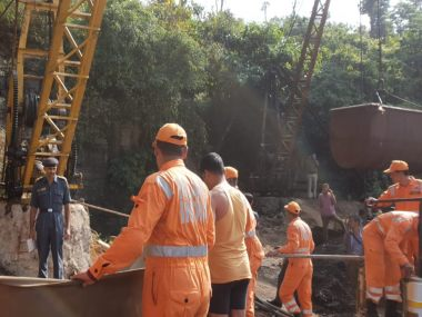 Meghalaya mine tragedy Navy divers find second body 280 feet in rat hole rescue efforts continue