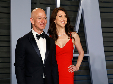 Amazon CEO Jeff Bezos wife MacKenzie announce plan to divorce after 25 years of marriage