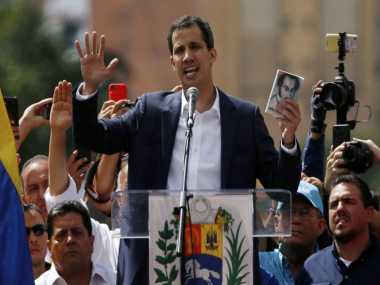 Venezuelean leader Juan Guaido calls for new protests against Nicolas Maduro Pope fears bloodbath in crisishit country